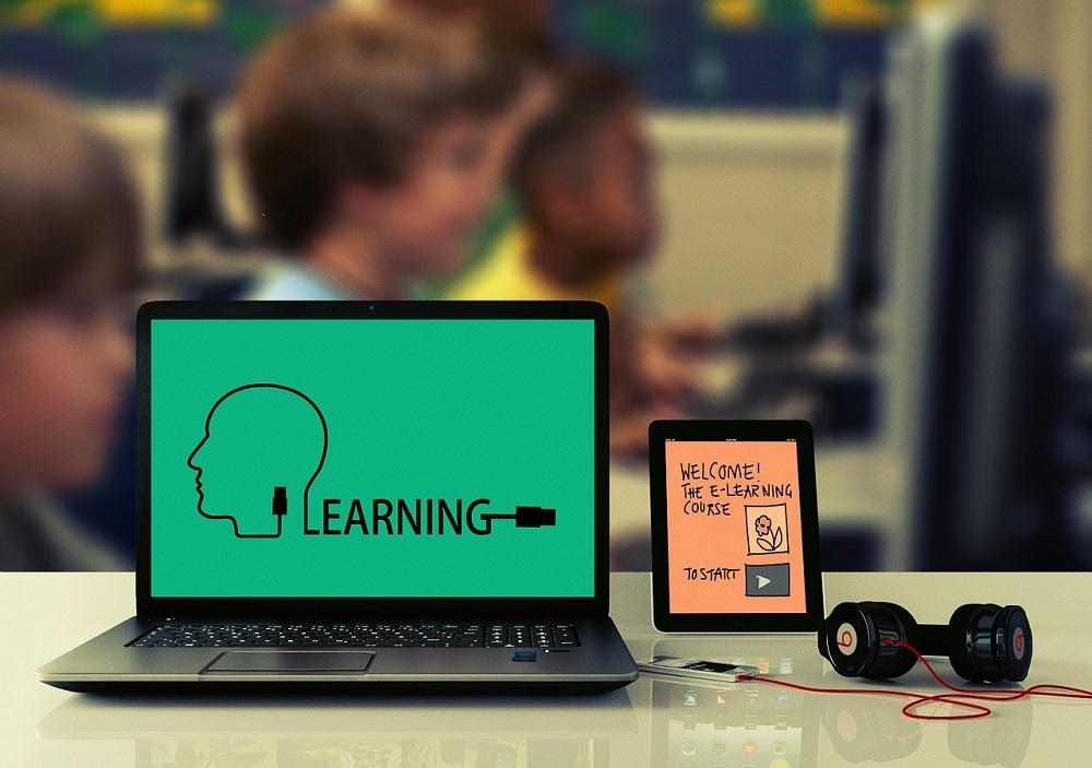 オンライン英会話を毎日する効果は?子どもが1ヶ月続けた結果、英語が大好きに!